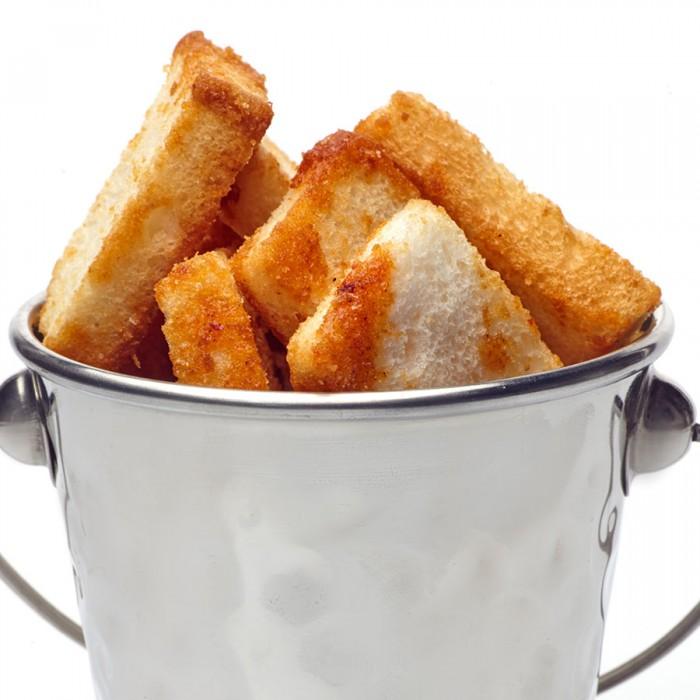 Гренки чесночные из белого хлеба