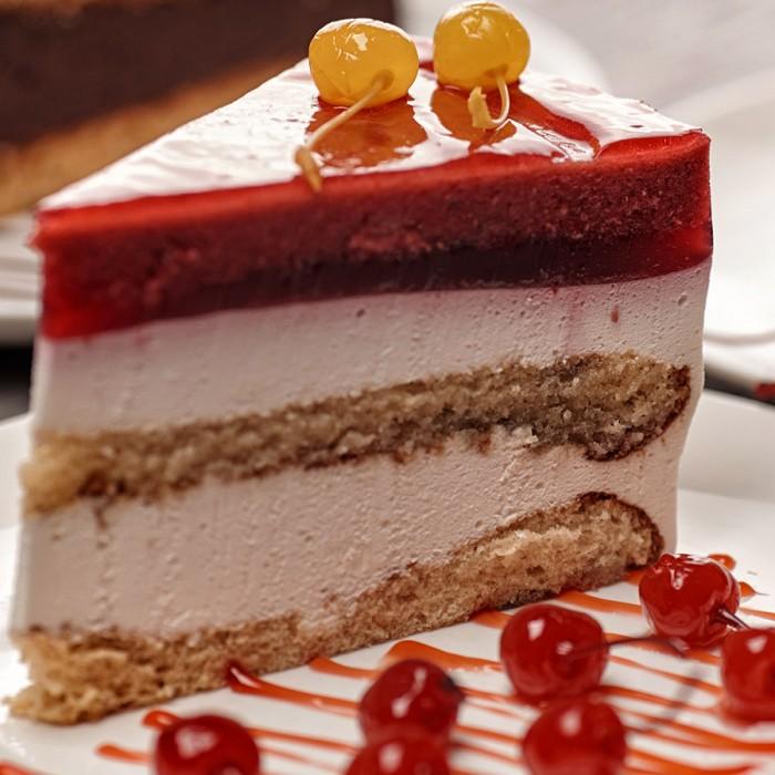 """Торт """"Вишневое суфле"""""""